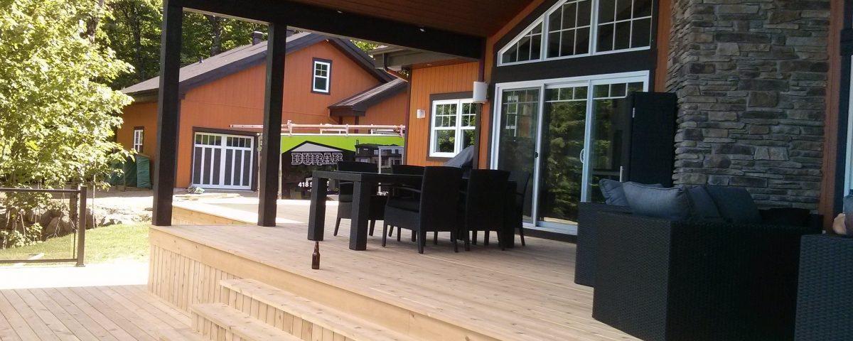 Magnifique terrasses en bois ambiance contemporaine et chaleureuse