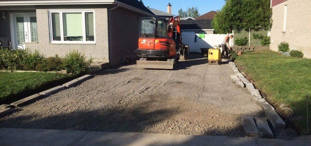 Excavation d'une entrée de maison