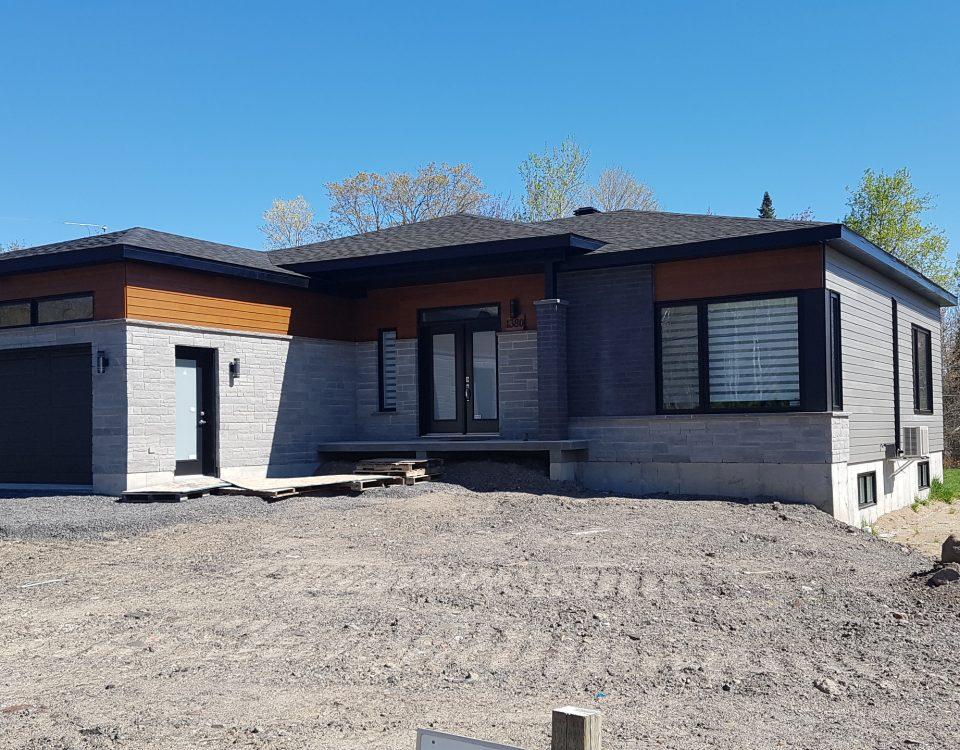 Maison contemporaine réalisée par Construction Durab