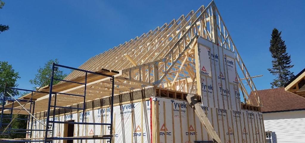 Construction d'une nouvelle maison - structure du toit