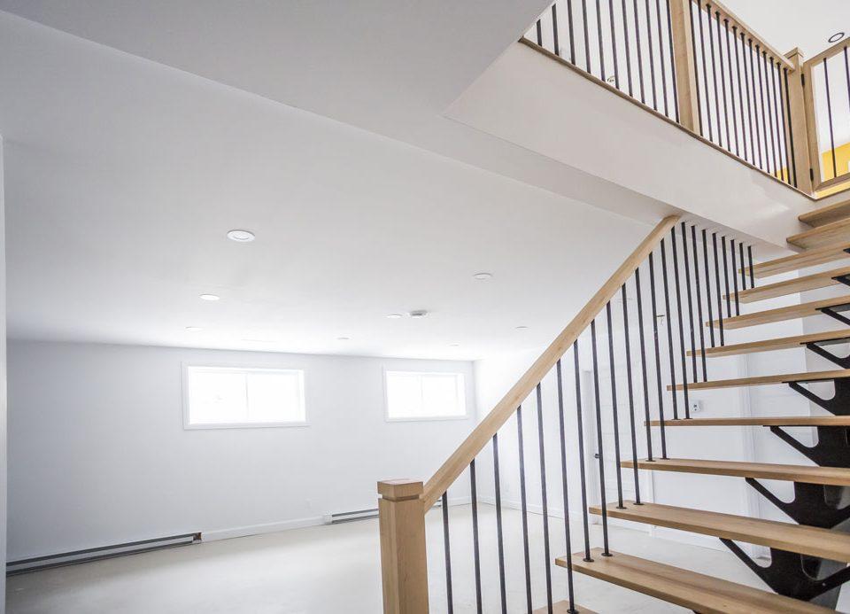 Construction générale - escalier intérieur